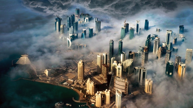 The wind destroys the city The strongest storm is raging in Qatar People can only pray