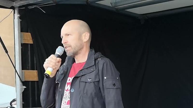 Rede Polizist Bernd Bayerlein Demo München Königsplatz 11 04 21