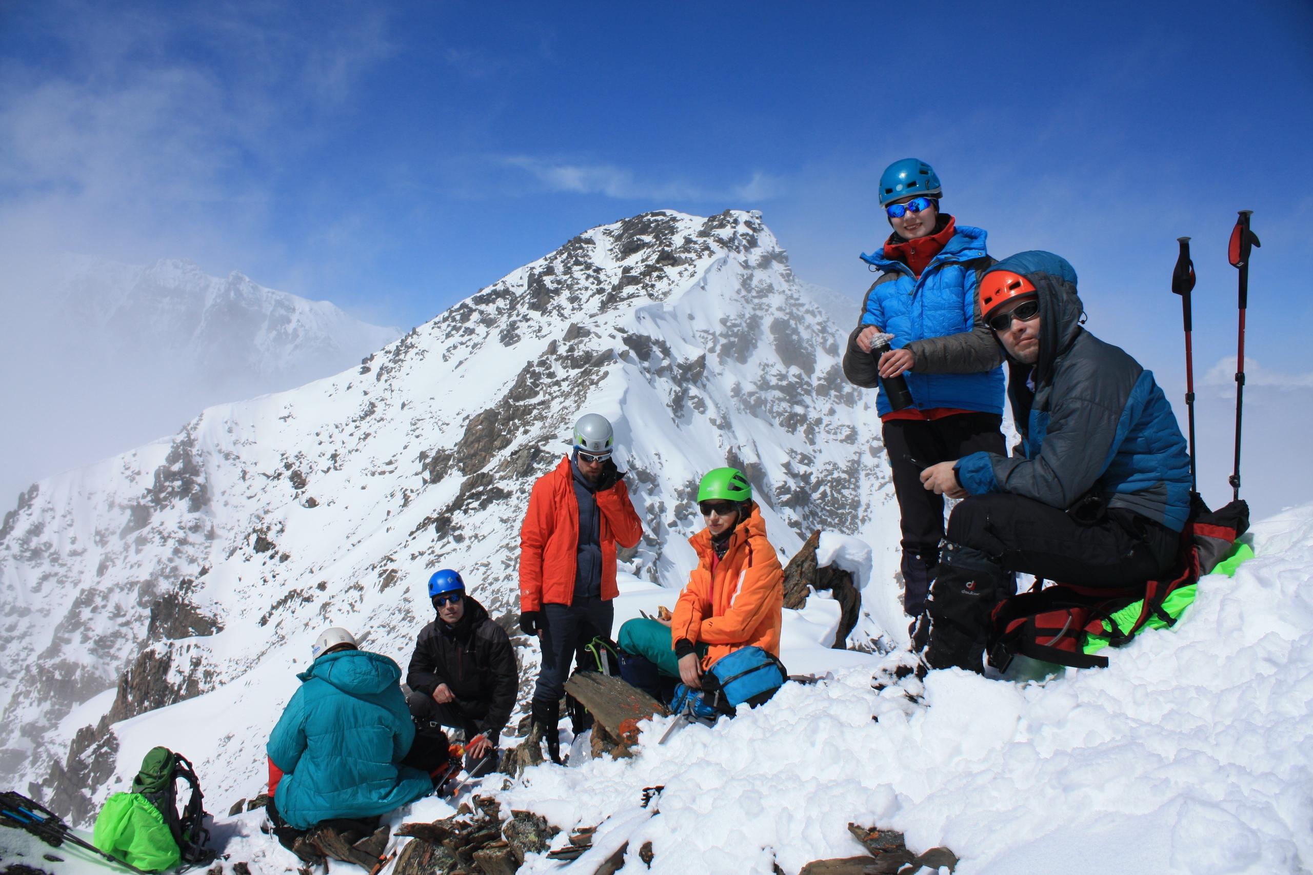 Альплагерь Актру альпинизм алтай горы