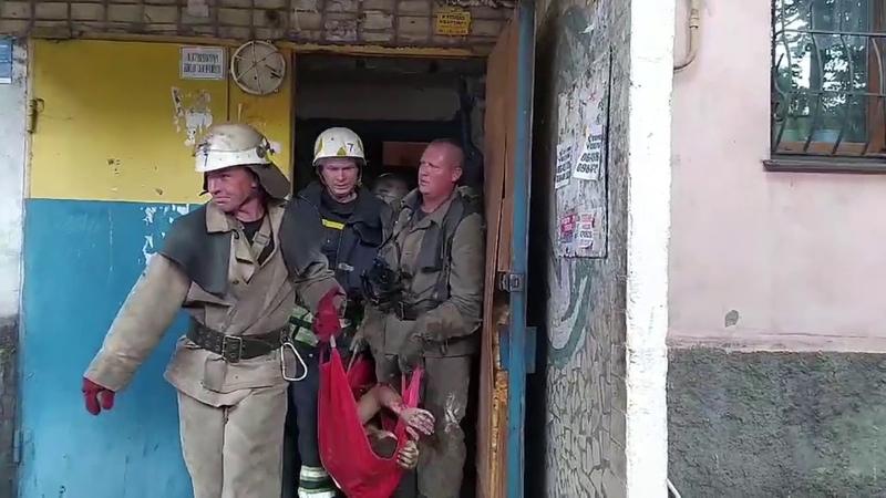 Дніпропетровська область на пожежі вогнеборці врятували чоловіка