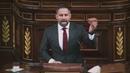 Santiago Abascal lleva las piedras de Vallecas al Congreso