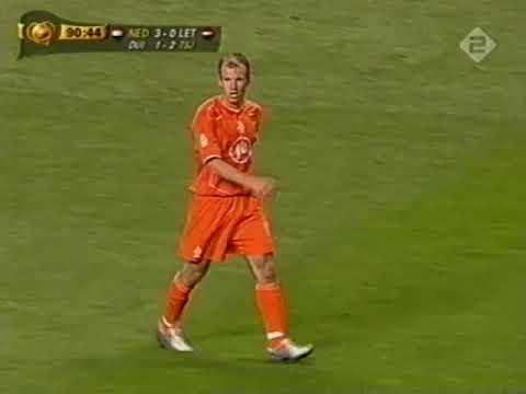 Voetbal einde van EK wedstrijd Nederland - Letland | 23-06-2004